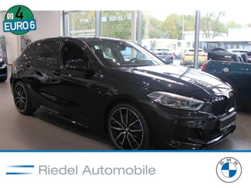 BMW M135i xDrive, Vorführfahrzeug, Riedel Automobile GmbH, 46535 Dinslaken