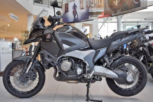 Honda VFR 1200 X Cros, Gebrauchtmotorrad, AHAG Bochum GmbH, 44809 Bochum