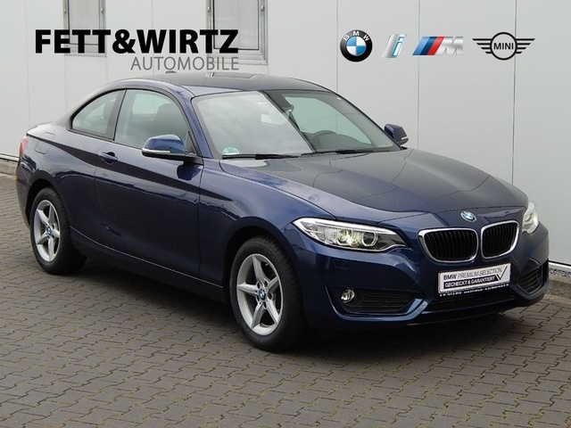 BMW 218d Coupe Advantage