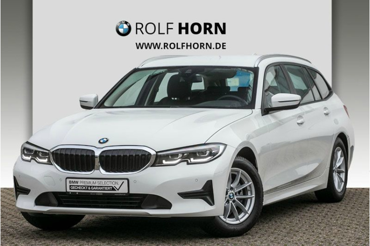 BMW 320i Touring Advantage Auto